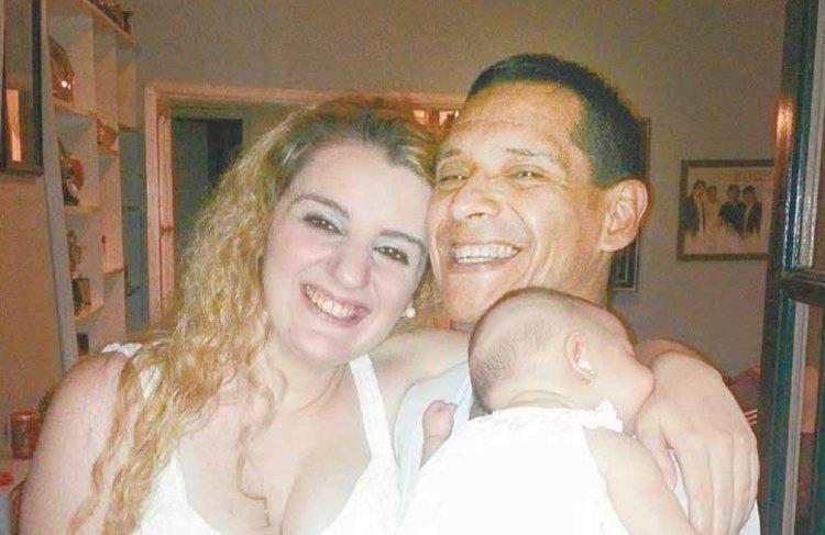 Rubén junto a su familia.