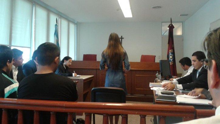 La licenciada Clemente se presentó ayer en la Sala IV.