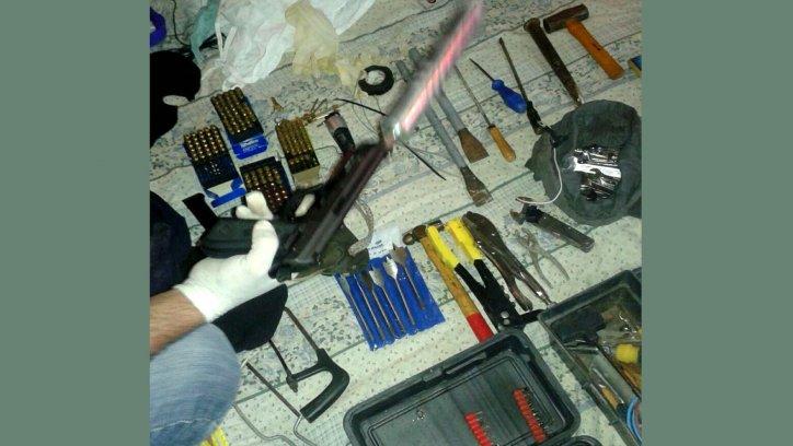 El arma usada contra Ariel Ríos, en El Galpón. Agencia Metán