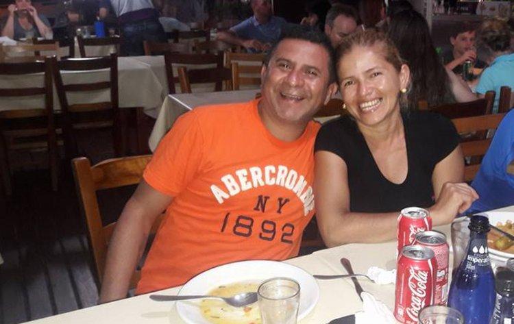 Al matrimonio argentino le robaron todo, el auto, tarjetas de crédito, de débito, y todos los documentos.