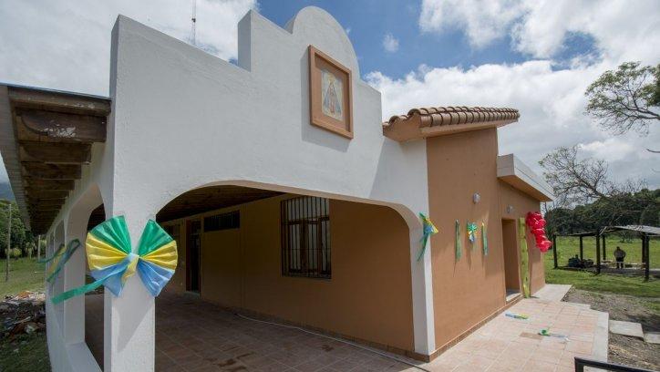 Inauguracion de dos casas para rehabilitacion de Jóvenes con Adicciones. Juan Barthe