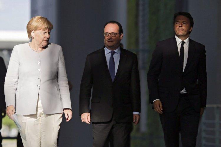 Angela Merkel, Francois Hollande y Matteo Renzi, en la reunión. Foto: AP
