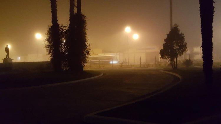 La zona Sur también amaneció con una densa neblina que disminuía muchísimo la visibilidad.