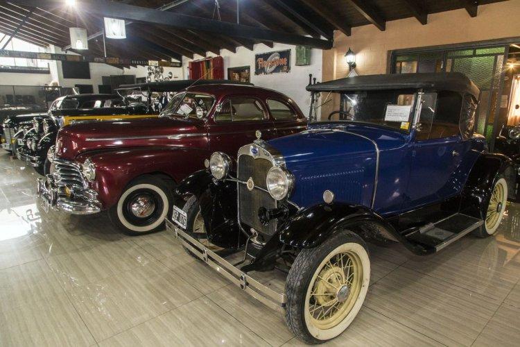 El Museo del Automóvil, otra de las perlas del lugar. Foto: Andrés Mansilla