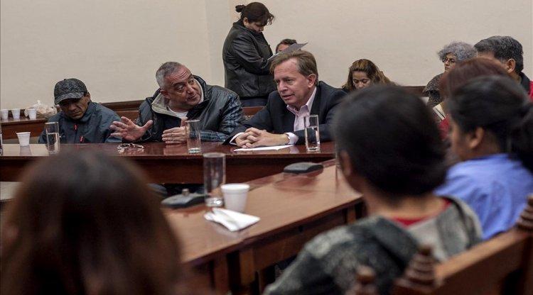 Vecinos en la reunión en el Concejo Deliberante. Lucas Alascio