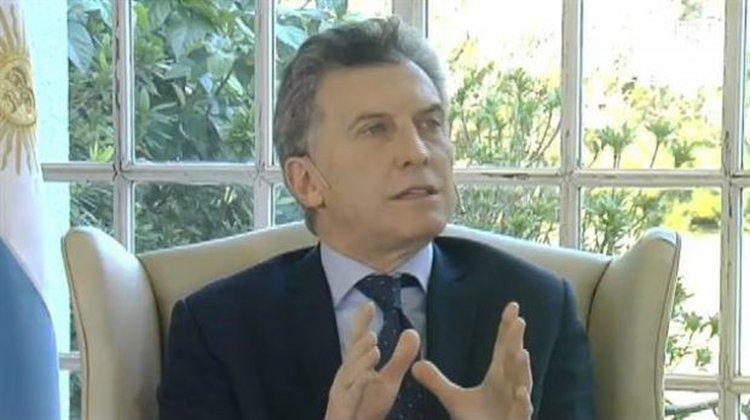 Mauricio Macri durante la entrevista con los periodistas de Telefe.