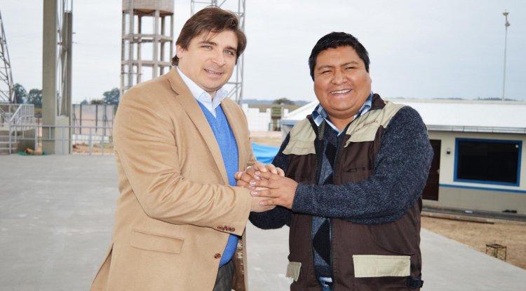 El subgobernador de Yacuiba, José Quecaña y el director de El Tribuno,  Sergio Romero