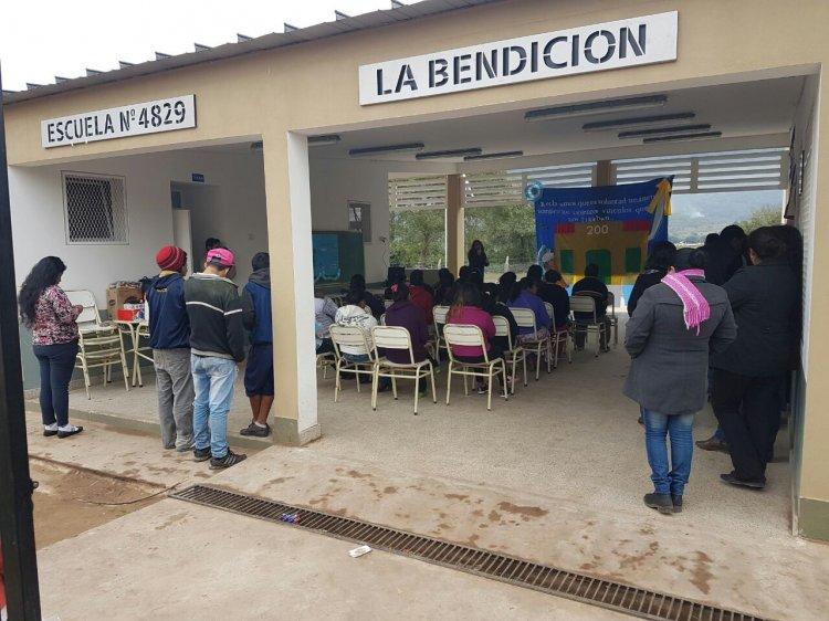 La Bendición, escuela primaria y colegio secundario de Salvador Mazza.