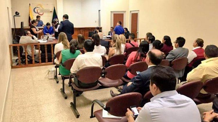 La sala donde se lleva a cabo el juicio por el asesinato de las dos turistas argentinas en Ecuador.