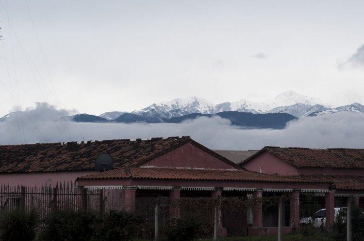 Cerros nevados en Salta capital. Foto: Lucas Alascio