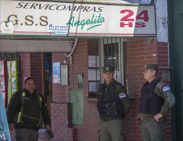 HOJAS DE COCA | La mayoría de los comercios dedicados a la venta de hojas de coca optó por cerrar sus puertas.