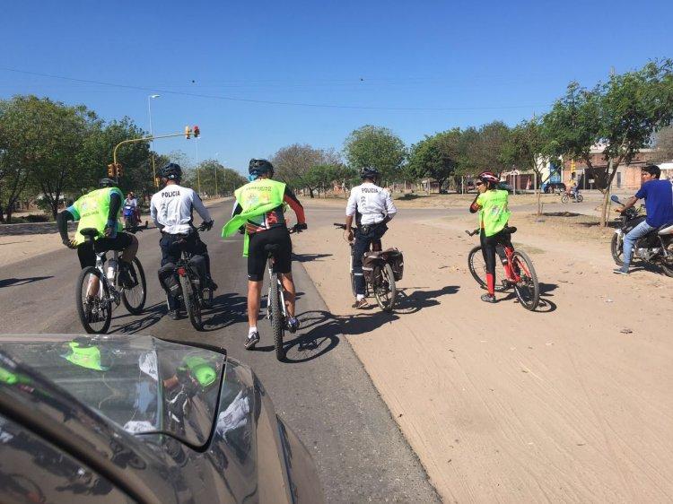 Un camino largo tienen los peregrinos por delanta. Foto: Gentileza FM Guapel 97.1