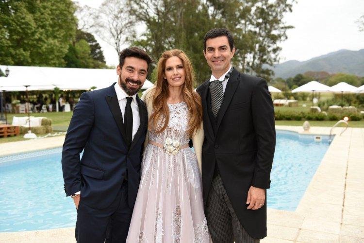 BODA | El matrimonio Urtubey - Macedo junto a Lavezzi