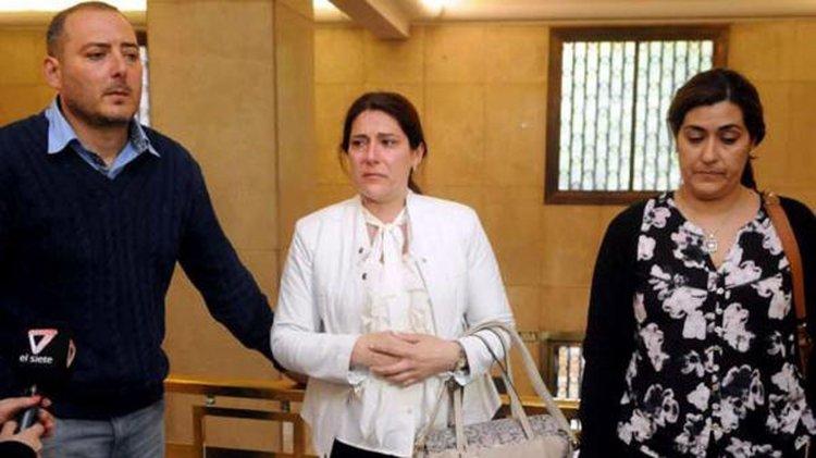os familiares de las víctimas, doloridos tras escuchar la condena (Foto diario Los Andes)