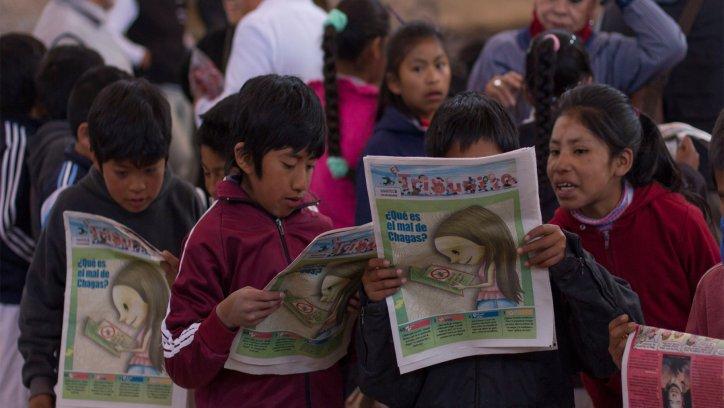 Alumnos del hogar escuela Carlos Guido Spano recibieron ejemplares de El Tribunito. Javier Corbalán