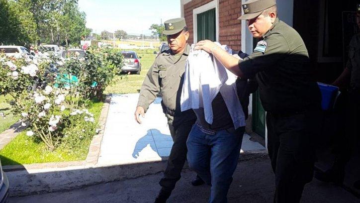 En Córdoba fueron detenidas seis personas que llevaban 310 kilos de droga en cinco vehículos.