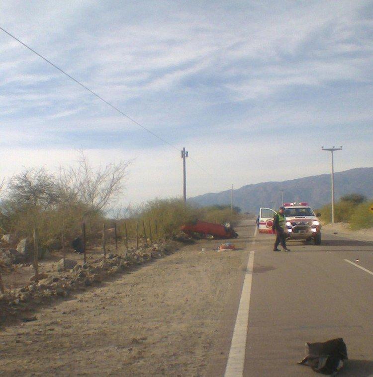 El conductor del auto se habría quedado dormido y eso fue lo que provocó el accidente vial en la ruta que une Animaná con Cafayate.