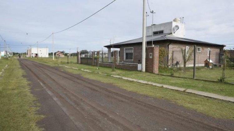 a casa donde ocurrió el crimen de la joven de 33 años productor de un disparo que le dio su abuelo de 93 años. Foto La Capital de Rosario.