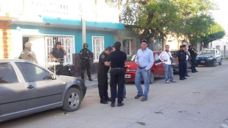 Del operativo participan el ministro de Seguridad, Oliver, el secretario de Seguridad, Ovejero, y el Jefe de la Policía Federal de la Sección Salta.